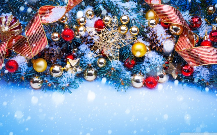 christmas_trees_decorated_in_red_and_gold-wallpaper-1280x800.jpg