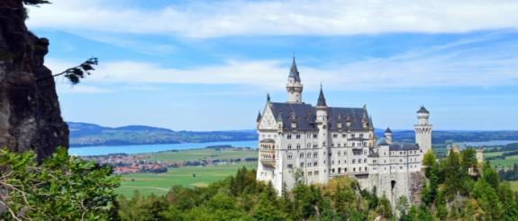 Schloss_Neuschwanstein_Bayern.jpg